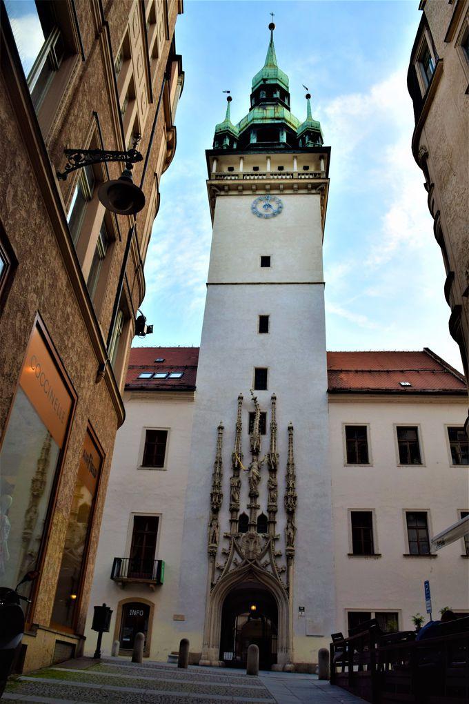 街歩きのスタートは「旧市庁舎」から!