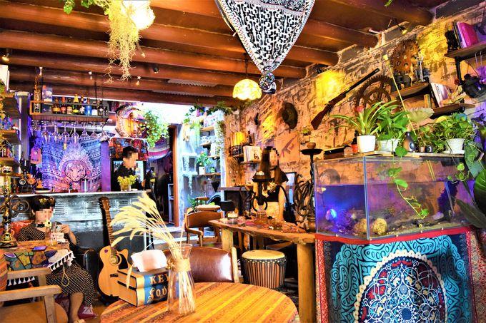 個性豊かなカフェがいっぱい!暑い時は地ビールで休憩がオススメ