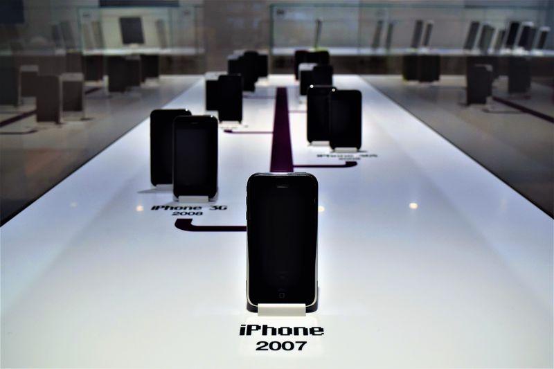 歴代iPhoneや初代PC!ファン必見のプラハ「アップル・ミュージアム」
