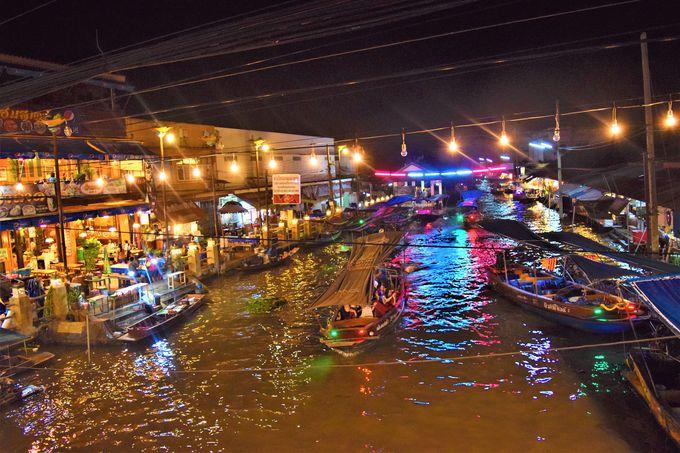 夜は夜景とホタルボートツアーを