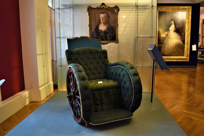 必見!「ホーフブルク宮殿」のシシィ博物館