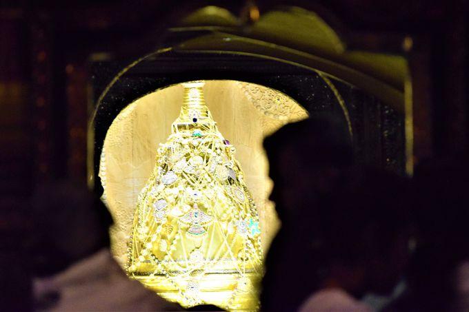 キャンディ最大の見どころ!仏歯寺