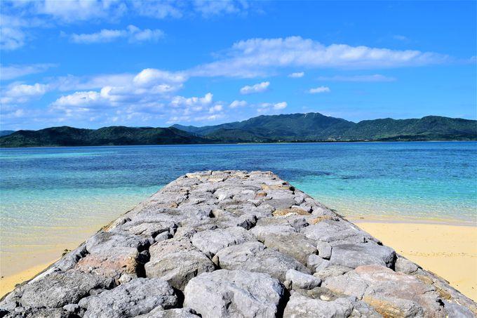 ミルキーブルーの海が一望!細崎海岸