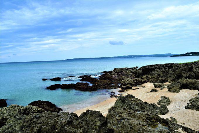 美しいビーチも!自然が広がる「青蛙石海洋遊憩公園」