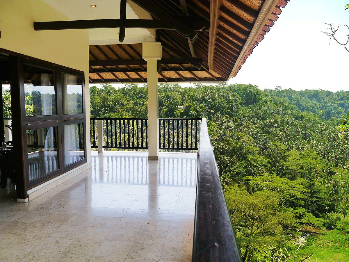 絶景スイートルームが安い!「プリ ブンガ リゾート&スパ ウブド」