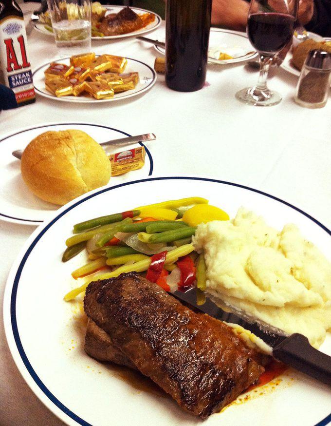 食堂車での食事を楽しもう!