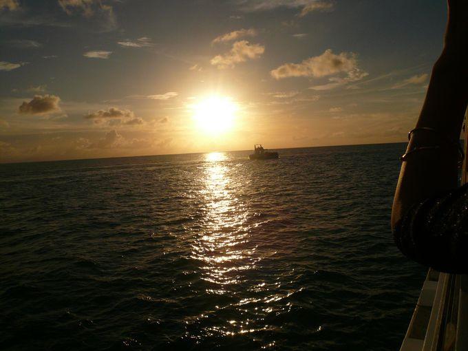 海に沈むサンセット