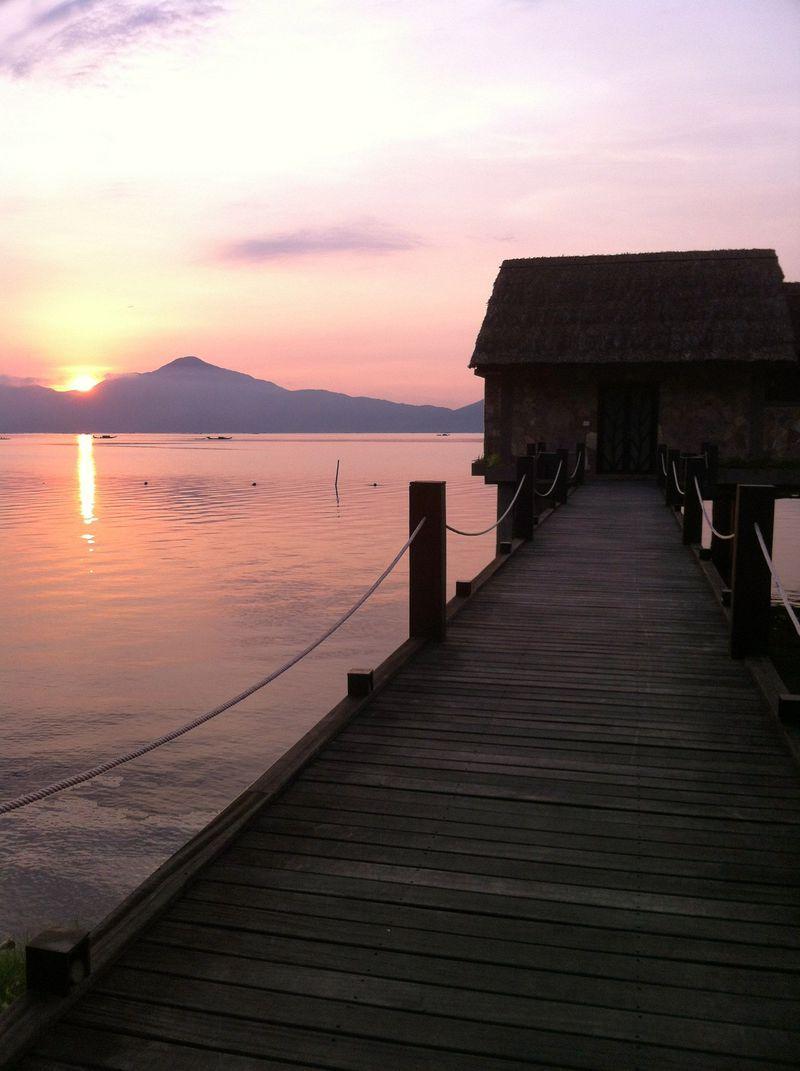 憧れの水上コテージが穴場!ベトナム「ヴェダナラグーンリゾート」で極上の朝日