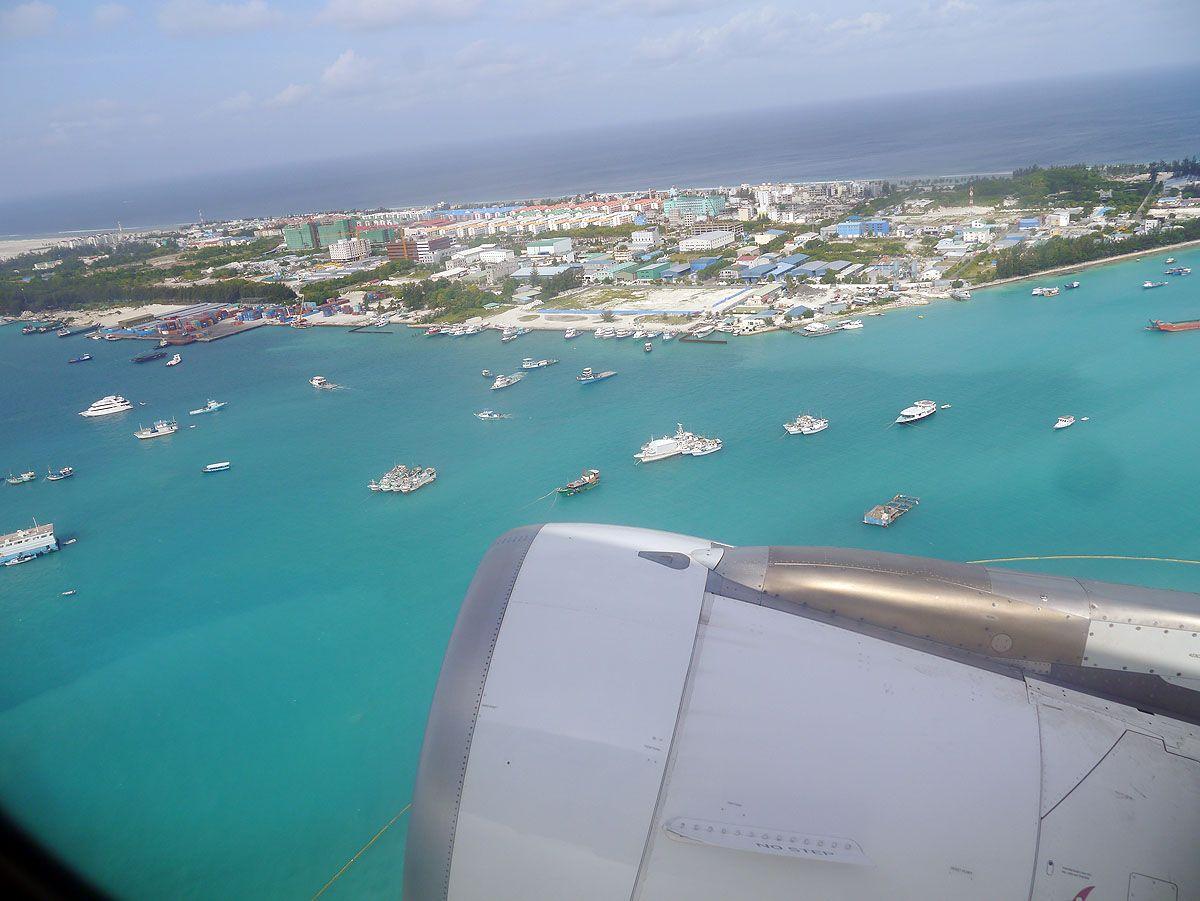 モルディブ空港とフルマーレ