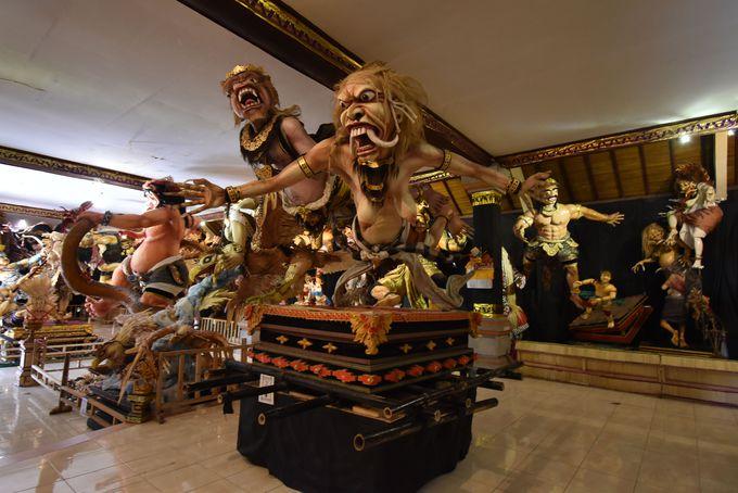 午後:世界遺産タマン・アユン寺院