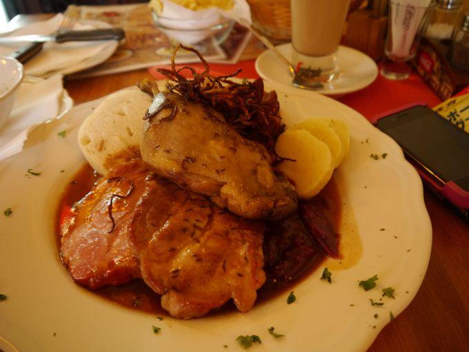 13時頃:チェコ料理を堪能