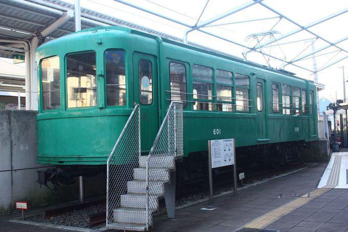 宮の坂駅で見た過去の車両