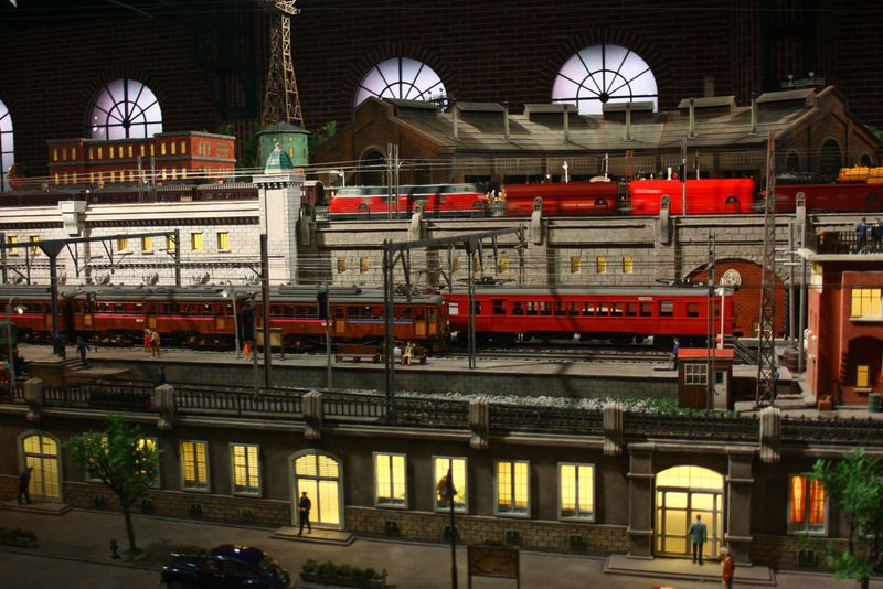 横浜駅から徒歩5分!原鉄道模型博物館で職人の技を間近で目にしよう!!