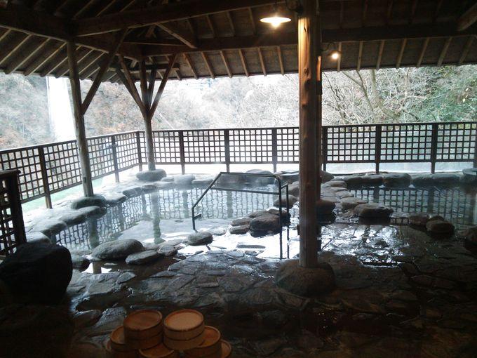 趣きの異なる2カ所の露天風呂!「空中露天風呂」は眺望抜群