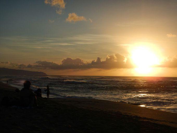 サンセットビーチで夕陽