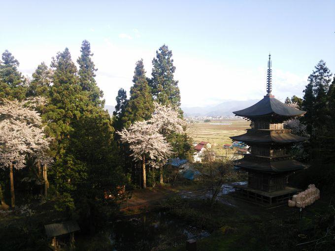 会津唯一の木造三重塔