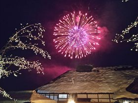 下野街道の旧宿場、大内宿(福島県)の四季を楽しもう!