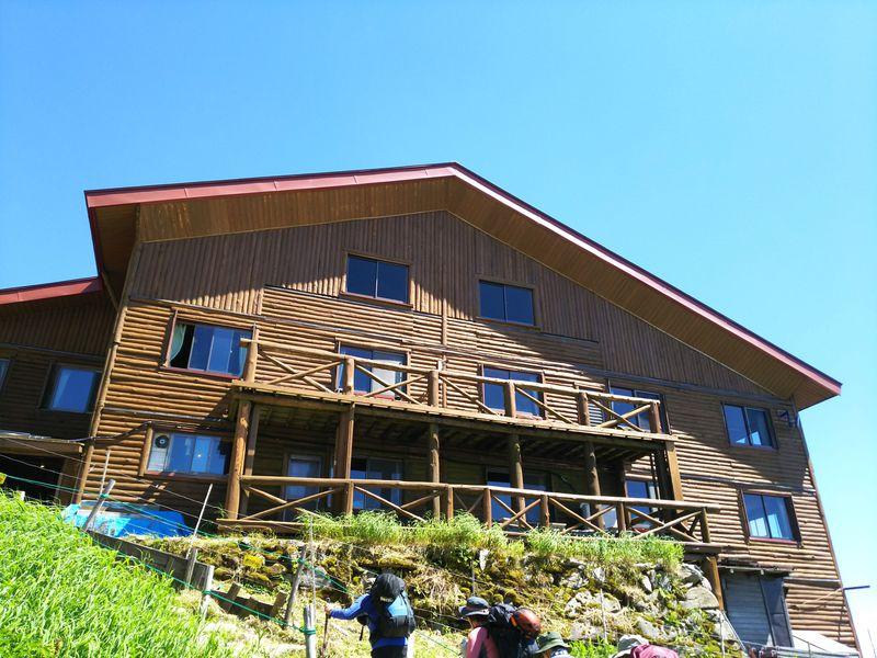 登山道を通って、西穂山荘へ