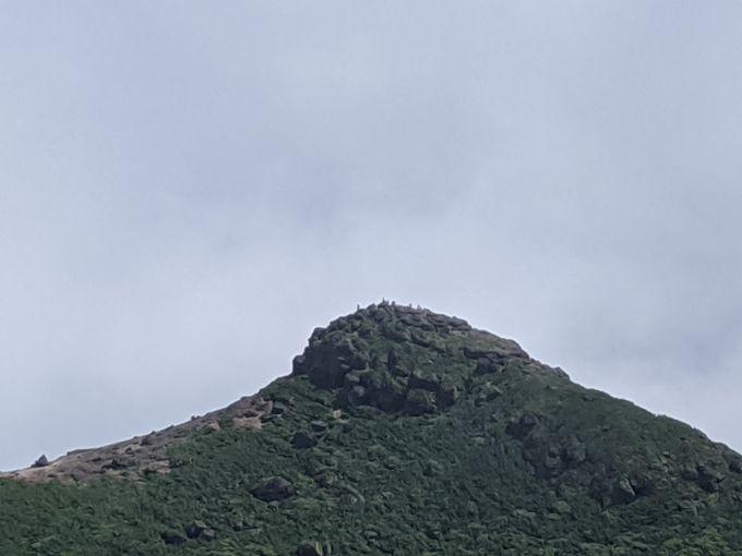 乳首と呼ばれる安達太良山山頂とお薦め紅葉スポット