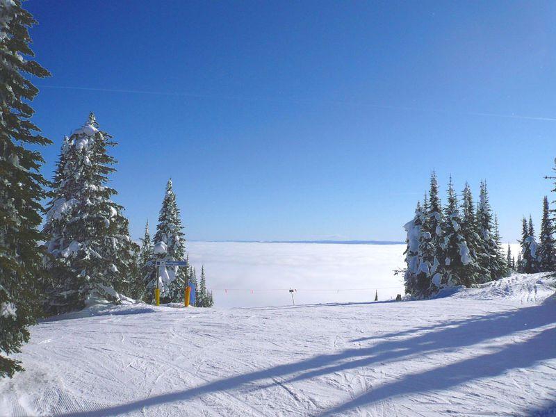 スキーヤーなら、今年こそ聖地カナダ ウィスラー&ブラッコムを目指せ!