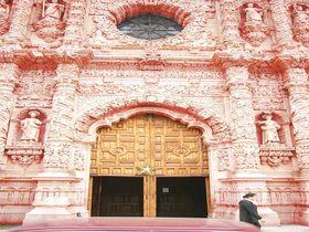 超絶的装飾美のピンク・シティ〜メキシコ サカテカス