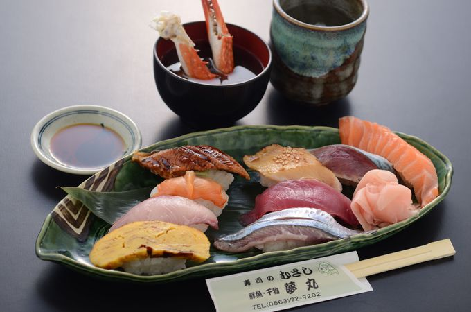 ネタが選べる海鮮丼?店長厳選おまかせ寿司?一色さかな広場でランチ選びに悶絶