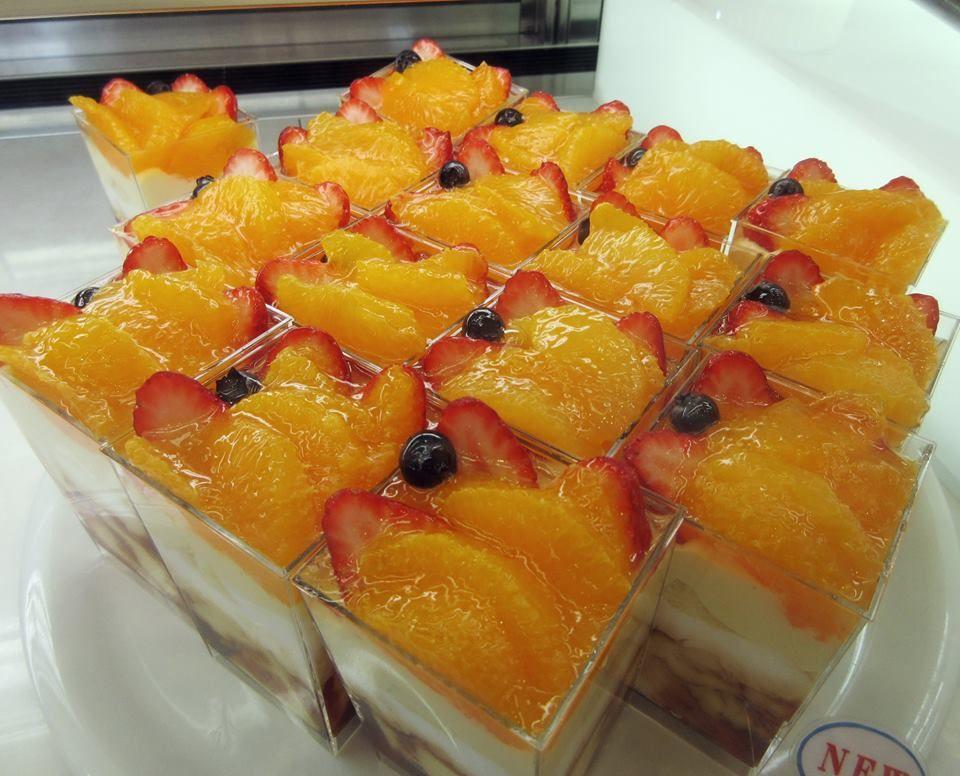 カットケーキは300円台がほとんど!地元フルーツをつかったケーキも