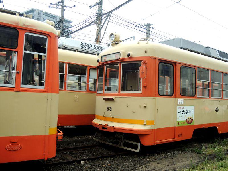 夏目漱石『坊ちゃん』ゆかりの地・松山市「古町駅」と車両基地を歩く