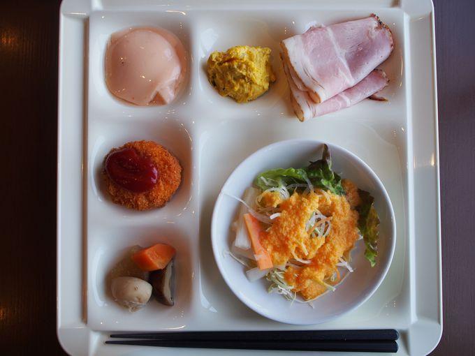 朝食は佐賀食材を中心とした30種類のバイキング