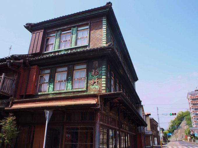 歴史的シンボルの油津レンガ館!周辺には宮崎県建築百景も