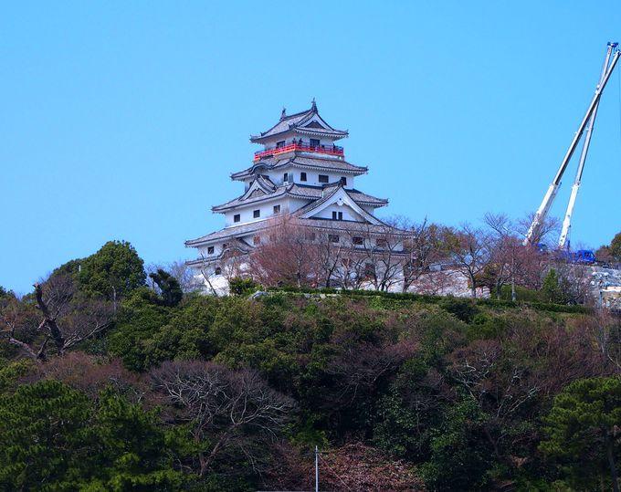 唐津城から舞鶴橋を渡ろう