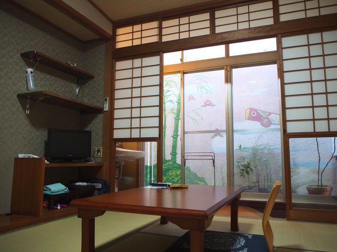 古民家風の良さを残しつつ、機能性もある一富士の客室