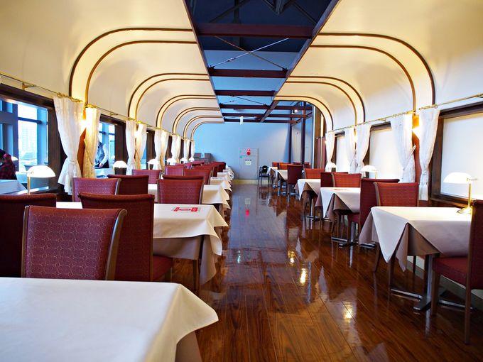 食堂車のような高級感!トレインレストラン日本食堂