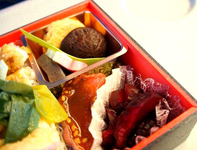 舞子さんが食べやすいように作った「京都のきつね丼」