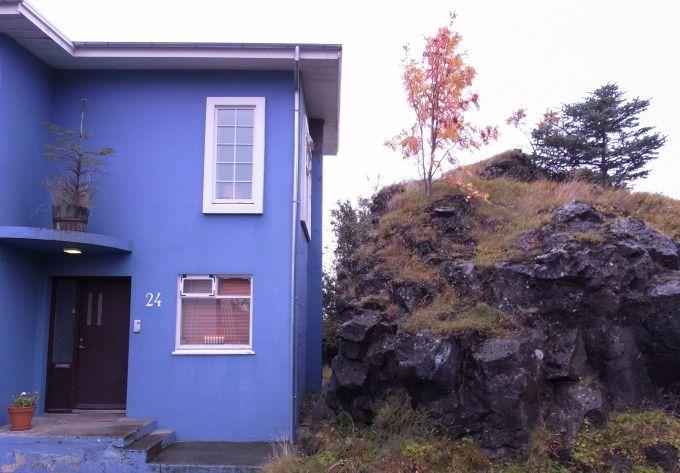 妖精の住処のとなりに暮らす、アイスランド人。