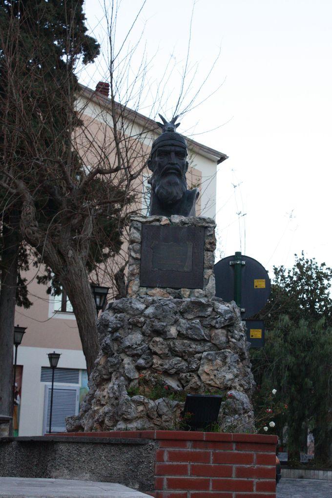 知られざる魅惑の中世アルバニア集落とは?