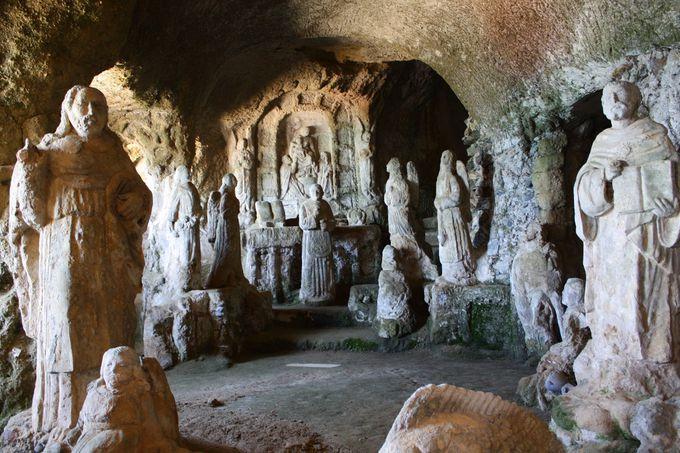町の貴重な遺産、Piedigrotta洞窟教会