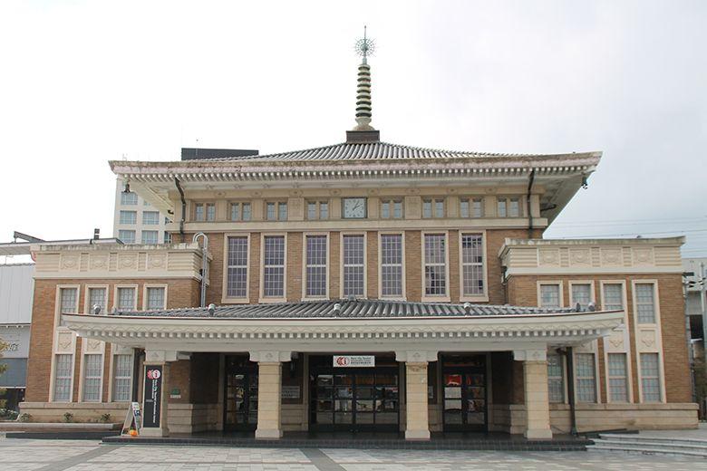 JR奈良駅旧駅舎を改造!奈良市総合観光案内所