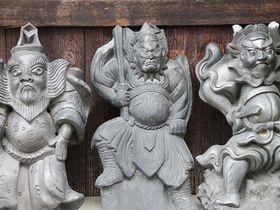 散策で見つけたい!民間信仰の息づく奈良町・魔除けの鍾馗瓦