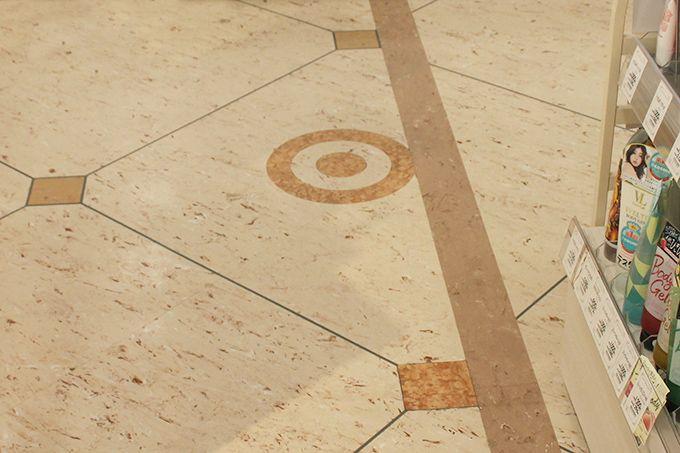 西隆寺東門跡