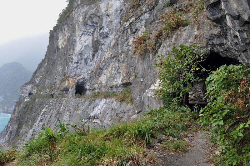 「東洋一の断崖」台湾東部海岸の蘇澳花蓮港道路跡を辿る