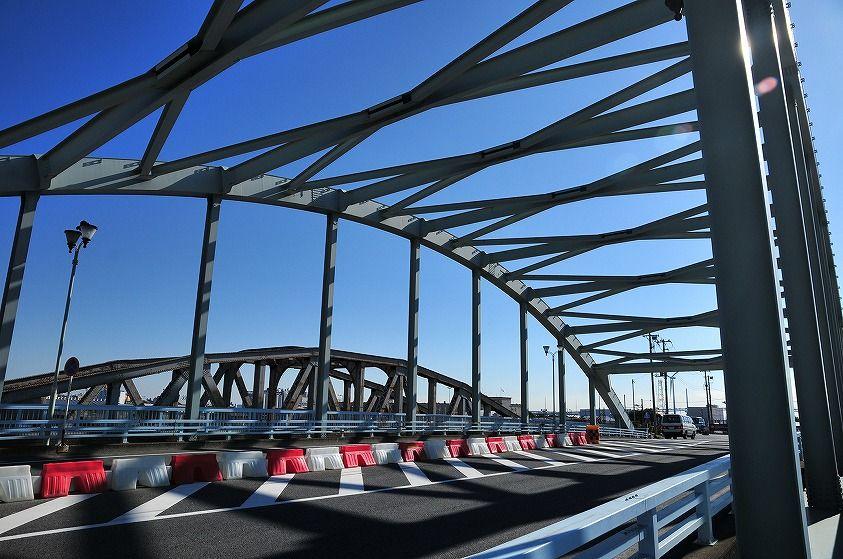 国境に架ける橋とアメリカ