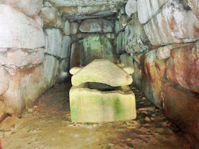 石室を見学できるこうもり塚古墳