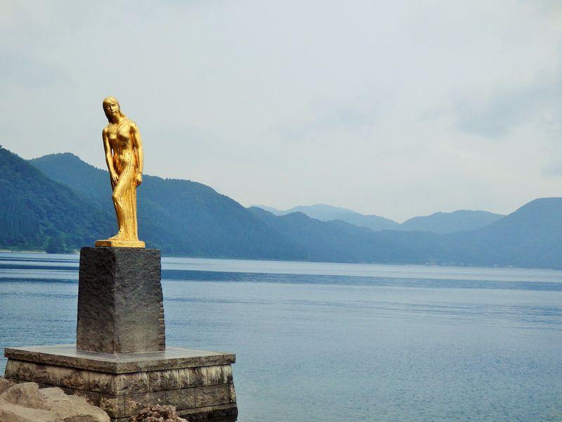 秋田県・田沢湖周辺のおすすめスポット10選!ドライブコースと日帰り温泉もご紹介