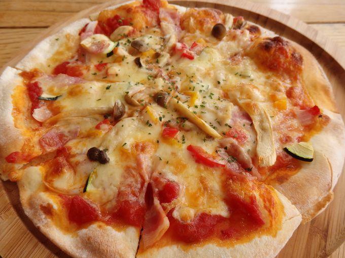 ピザにパスタにカレー!ORAEで地元の食材を使った洋食に舌鼓