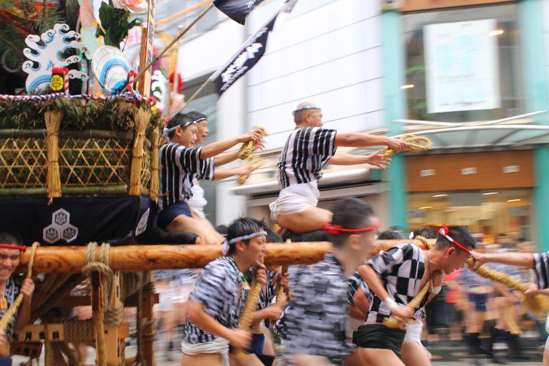 「博多祇園山笠」山のぼせであふれる福岡に来てんしゃい!