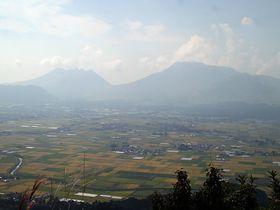 嵐×JAL先得CM「山に願いを」阿蘇大観峰・絶景ロケ地を見に行こう!