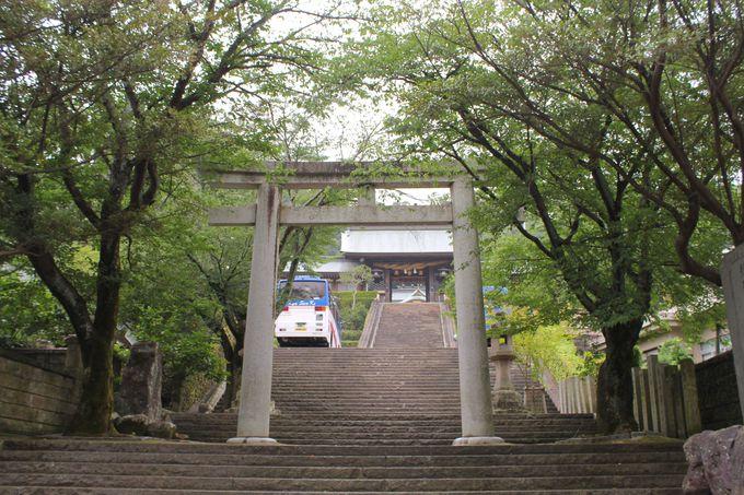 長崎くんちの舞台「踊り馬場」から「長坂」へ