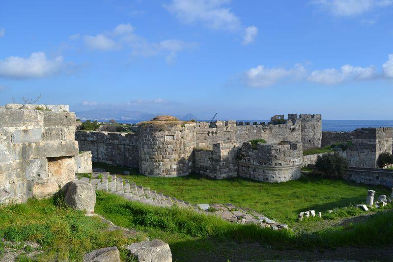 エーゲ海に浮かぶ医学発祥の地!ギリシャ「コス島」