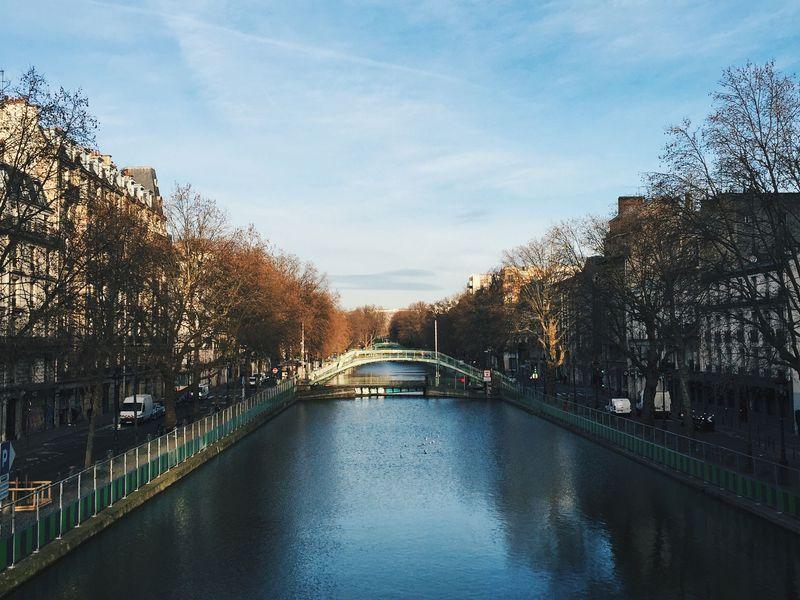 人気急上昇の穴場スポット!パリ「サン・マルタン運河」散策のすすめ